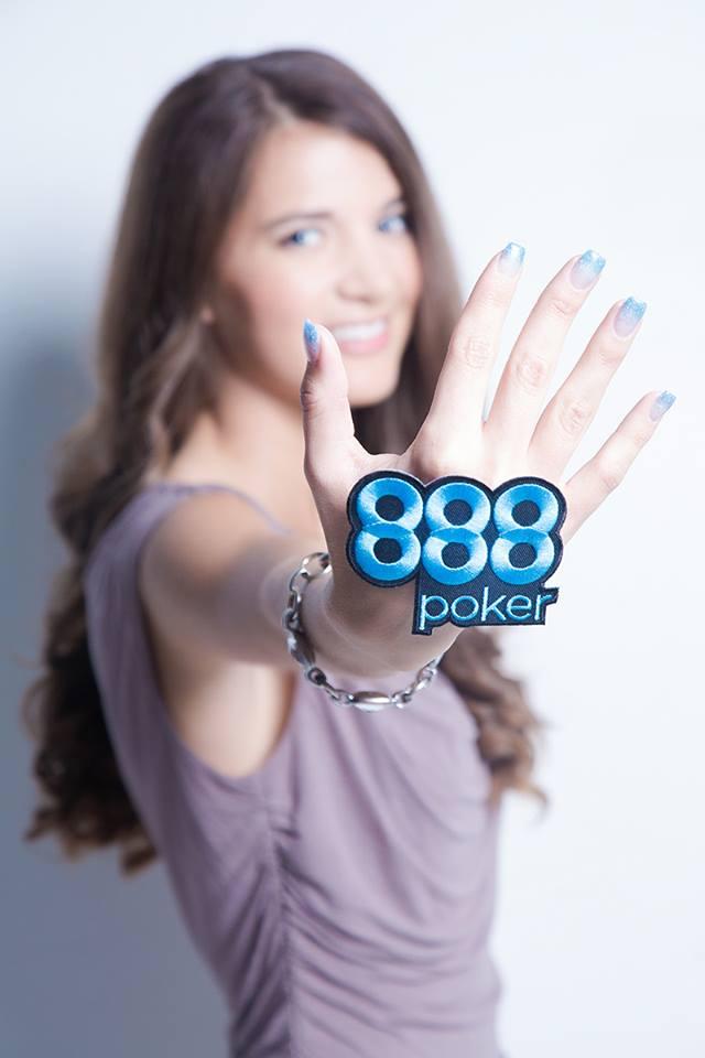 Sofia Lovgren team 888 pro